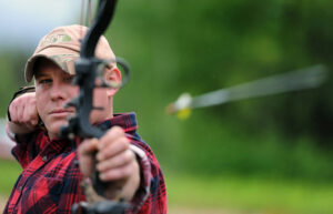 How to determine draw length compound bow.