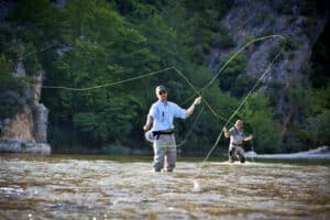 Fly casting. Fly fishing.